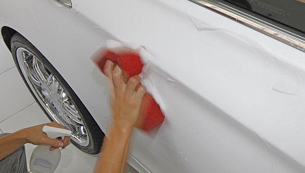 Como lavar carro envelopado ?