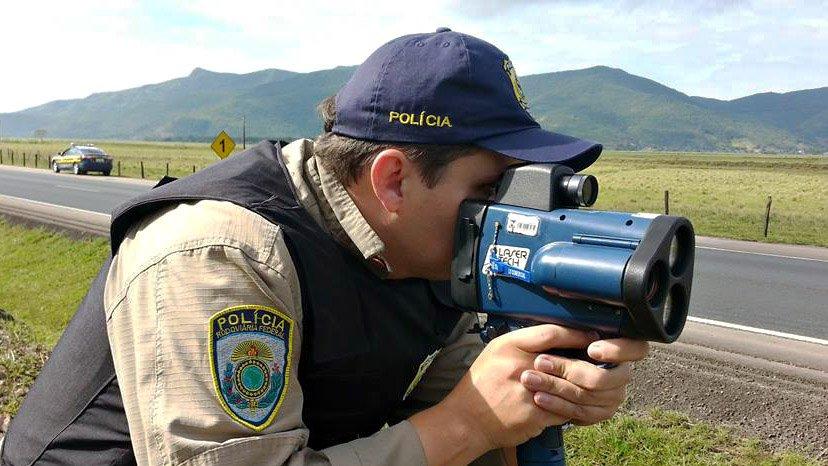 multas de velocidade  radar na estrada
