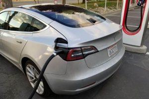 carro eletrico tesla preço 1