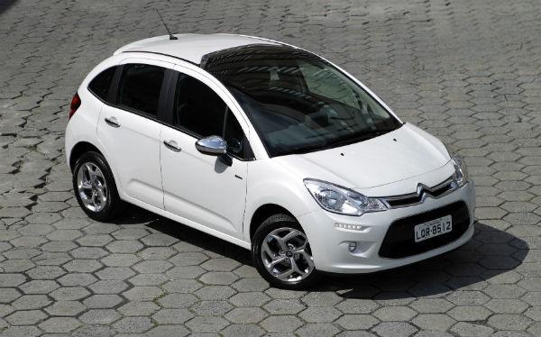 carros mais economicos 2018 prius