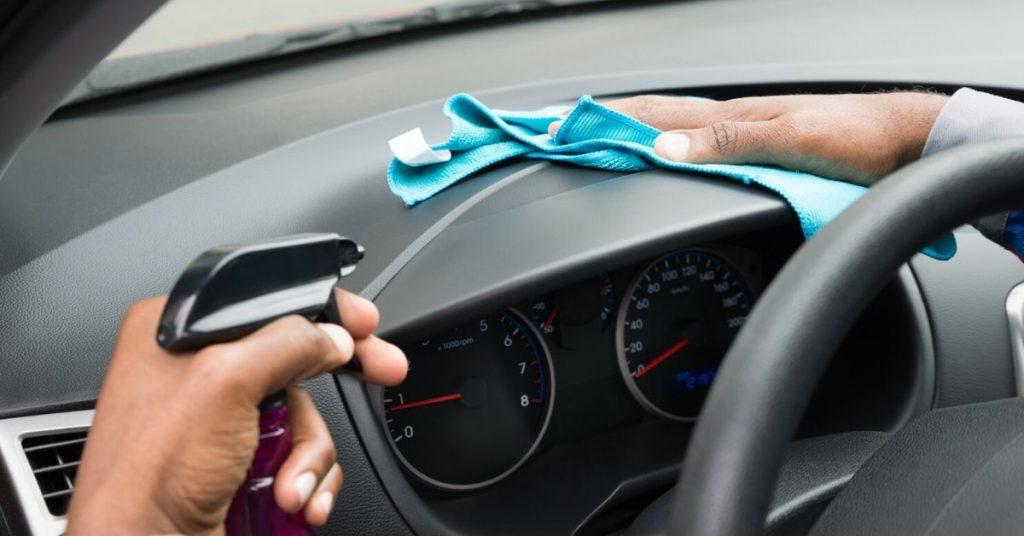 Carro Seguro começa por dentro - Dicas de Higienização